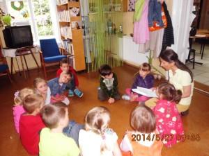 P.Bożenka lekcja biblioteczna kl.O maj 2014  (2)